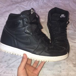 Nike | Air Jordan 1 Retro High OG Size 9 555088006